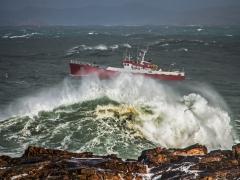 Barco tormenta 01